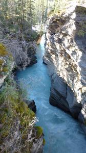 Athabasca_falls3